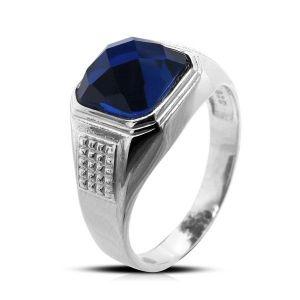 Surinaamse holle zilver cachet ring met blauwe achtkant steen