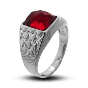 Surinaamse holle zilver cachet ring met rechthoekig rode steen